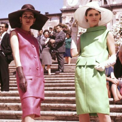 8 Dress Tips For Brighten Your Vintage 1960s Style