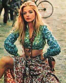 1970s women hippie style
