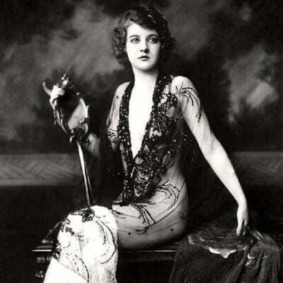 How 1920s Evening Gown Designs Changed