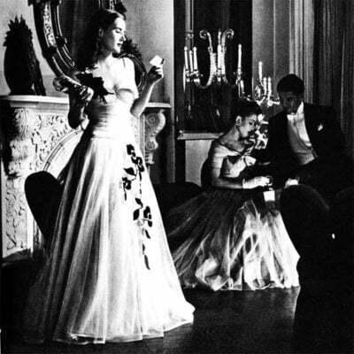 Top 7 Essentials For 1940s Evening Dresses