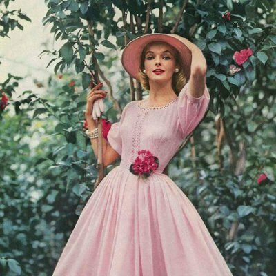 Different Types of 1950s Swing Dresses – Which One Is for You?