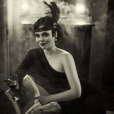 How to Dress Like a 1920s Flapper