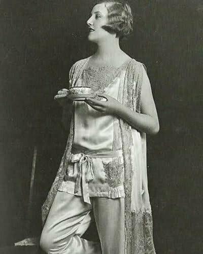 1920s sleepwear