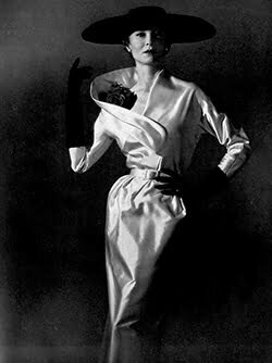 Vintage Outfit Ideas – Satin Dresses