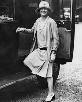 a woman wore a 1920 dress