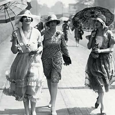 1920s Fashion: Coco Chanel & La Garconne Style
