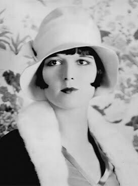 1920s-fashion-bob-hair-cloche-hat