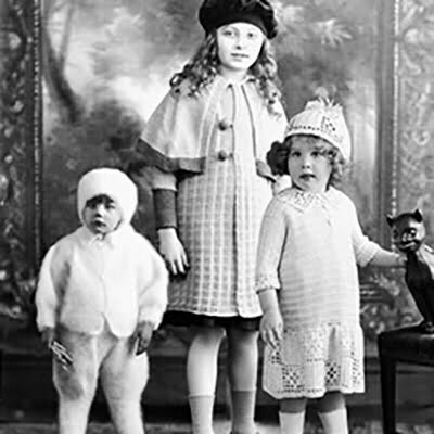 Travel Back to the Roaring Twenties with this 1920s Children's Look