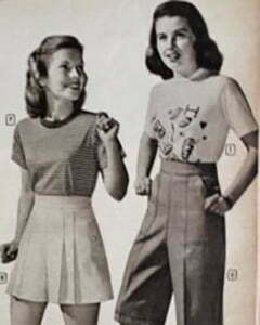 two teenagers with T shirt