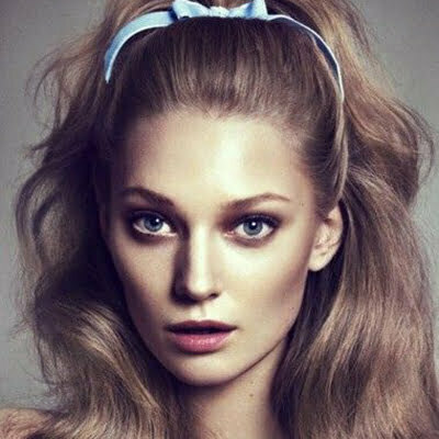 60s Hairstyles For Women's Long Hair To Look Iconic
