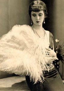 1920s-Feather-Fan