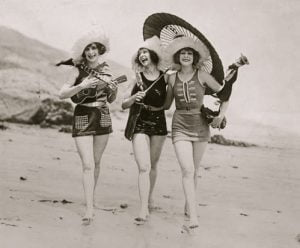 1920s--womenswimsuits-3