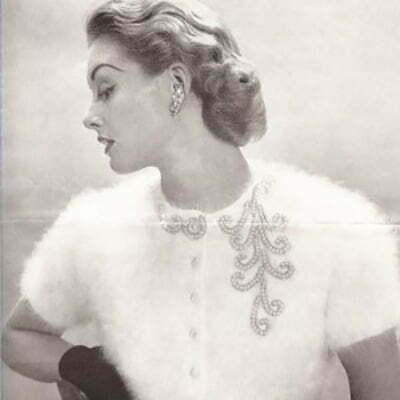"1940 Sweater Fashion: The Beginning of ""Sweater Girl"" Image"