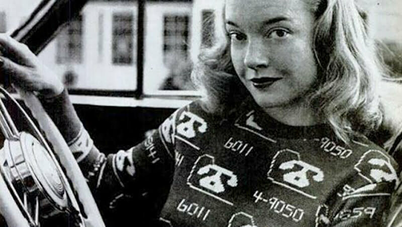 Novelty sweaters 1940s