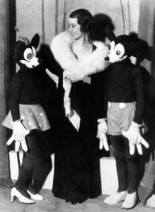 The 1930s-Mickey-Minnie-Mouse-Costume,