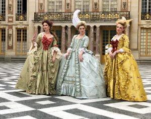 vistoria-royal-costume