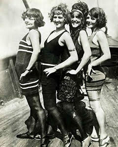 1920s women fashion