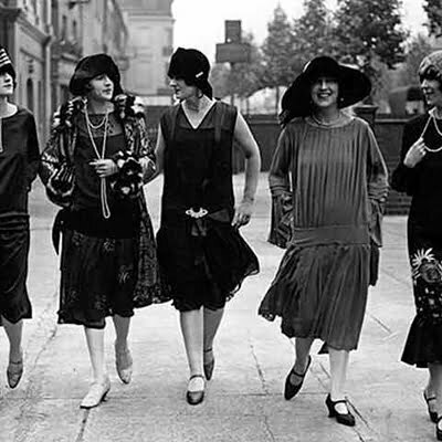 1920s Women's Fashion Trends: Vintage Fashion vs Today's Trends
