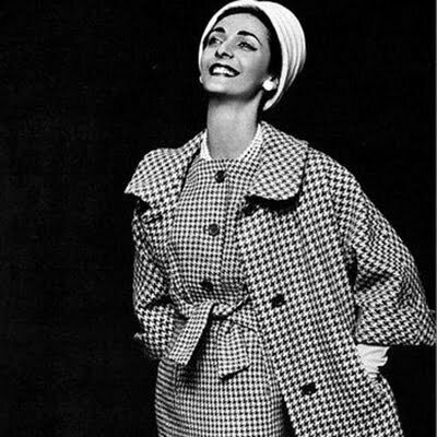 1950s Houndstooth Fashion: Outfit Ideas