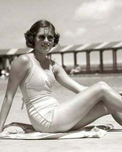 1950s Corset style 1950s swimsuit