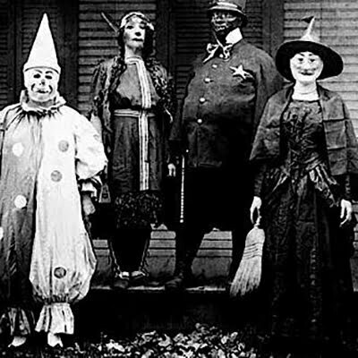 Vintage Halloween Homemade Costumes Ideas for Men, Women, Teens, and Kids