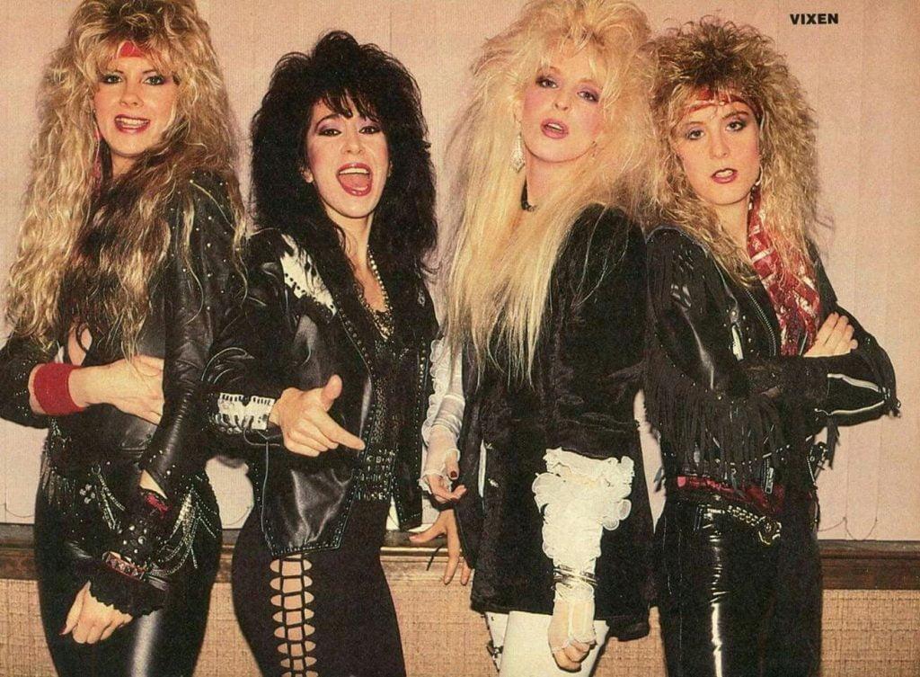 rock-fashion-female-1