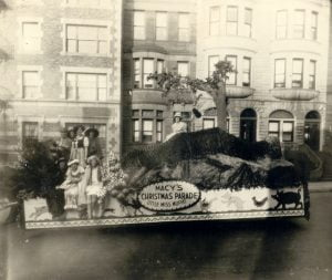 vintage-photography-the-First-Macy's-Thanksgiving-Day-Parade-in-1924-3