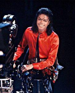 1980s-Fashion-Icons-Michael-Jackson-1