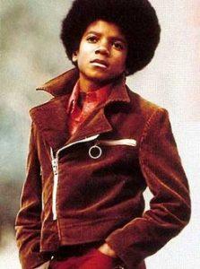 1980s-Fashion-Icons-Michael-Jackson-2