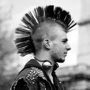 The-tall-Mohawk-hairstyle-in-the-80s-1